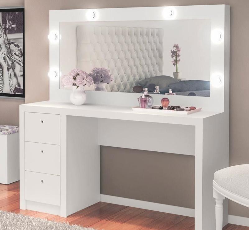 Зеркало с подсветкой (спальня) Фото