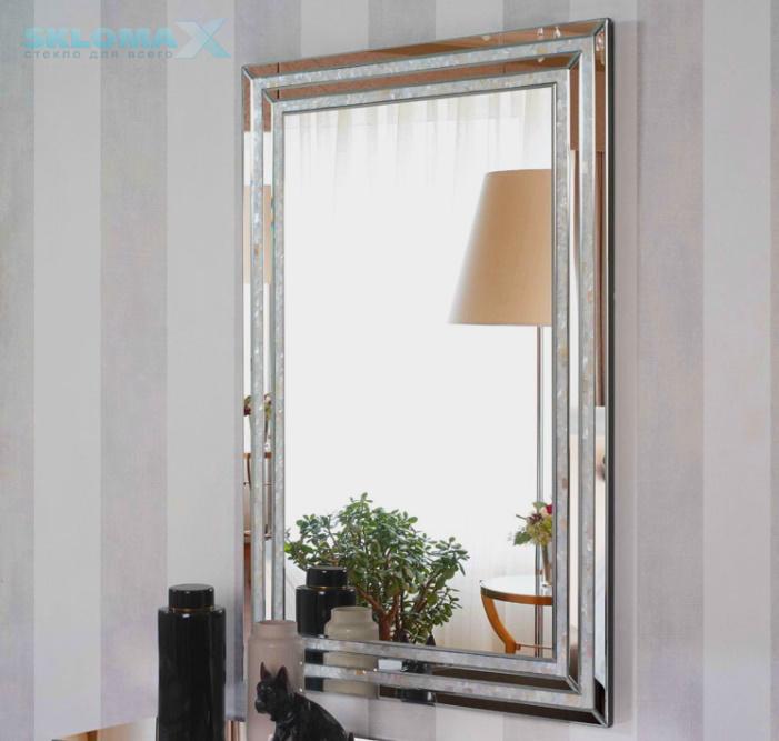 Прямоугольное зеркало с фацетом Фото