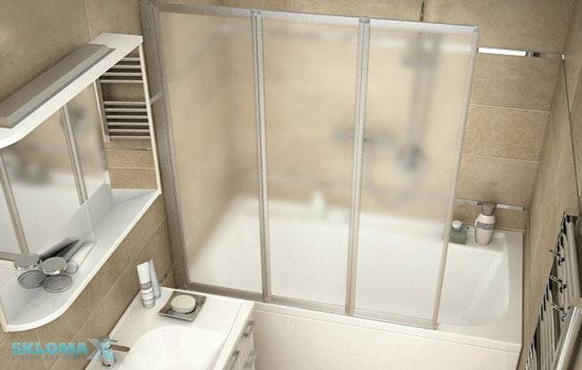 Установка стеклянной шторки на ванную
